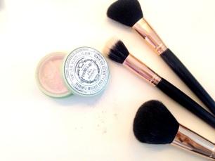 makeup revolution brushes